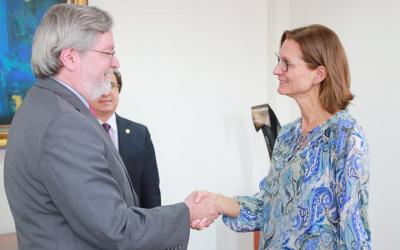 Ecuador recibirá 13 millones de dólares de cooperación noruego-alemana para la conservación de bosques en la amazonía.